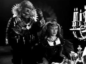 La Belle and la Bete The Beauty and the Beast by Jean Cocteau with Jean Marais and Josette Day, 194