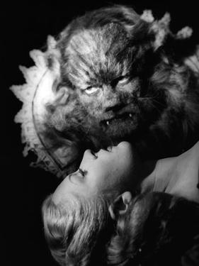 La Belle and la Bete The Beauty and the Beast by JeanCocteau with Jean Marais and Josette Day, 1946