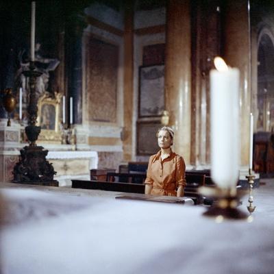 https://imgc.allpostersimages.com/img/posters/la-califfa-1970-directed-by-alberto-bevilacqua-romy-schneider-photo_u-L-Q1C3S610.jpg?artPerspective=n