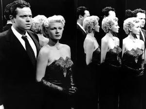La Dame by Shanghai THE LADY FROM SHANGHAI by OrsonWelles with Orson Welles and Rita Hayworth, 1947