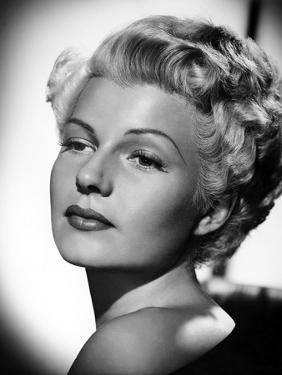La Dame by Shanghai THE LADY FROM SHANGHAI by OrsonWelles with Rita Hayworth, 1947 (b/w photo)