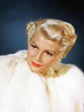 La Dame by Shanghai THE LADY FROM SHANGHAI by OrsonWelles with Rita Hayworth, 1947 (photo)