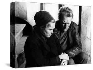 La Honte THE SHAME (SKAMMEN) by IngmarBergman with Liv Ullmann and Max von Sydow, 1968 (b/w photo)