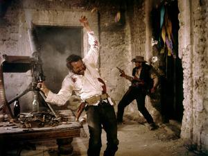 La Horde Sauvage THE WILD BUNCH by Sam Peckinpah with Warren Oates and Ben Johnson, 1969 (photo)
