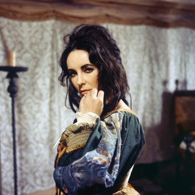 https://imgc.allpostersimages.com/img/posters/la-megere-apprivoisee-the-taming-of-the-shrew-by-francozeffirelli-with-elizabeth-taylor-1967-phot_u-L-Q1C2DPG0.jpg?artPerspective=n