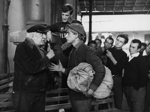 La Mer a boire MARE MATTO by RenatoCastellani with Jean-paul Belmondo, 1963 (b/w photo)