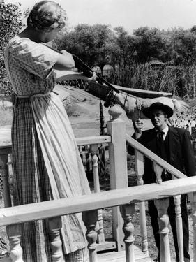 La nuit du Chasseur THE NIGHT OF THE HUNTER by CharlesLaughton with Lilian Gish and Robert Mitchum,