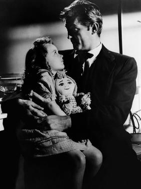 La nuit du Chasseur THE NIGHT OF THE HUNTER by CharlesLaughton with Sally Jane Bruce and Robert Mit
