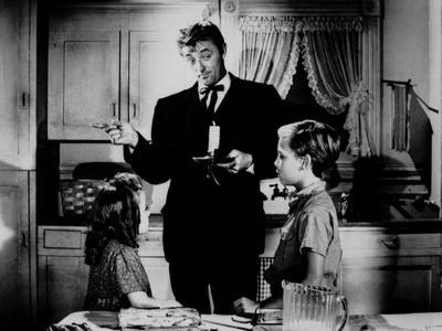 https://imgc.allpostersimages.com/img/posters/la-nuit-du-chasseur-the-night-of-the-hunter-by-charleslaughton-with-sally-jane-bruce-robert-mitchu_u-L-Q1C2AHE0.jpg?artPerspective=n