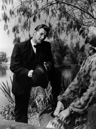 https://imgc.allpostersimages.com/img/posters/la-nuit-du-chasseur-the-night-of-the-hunter-by-charleslaughton-with-shelley-winters-robert-mitchum_u-L-Q1C2B7F0.jpg?artPerspective=n