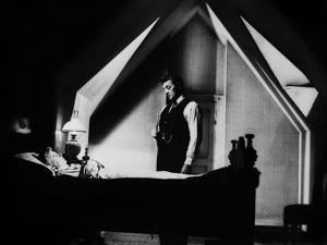 La nuit du Chasseur THE NIGHT OF THE HUNTER by CharlesLaughton with Shelley Winters, Robert Mitchum
