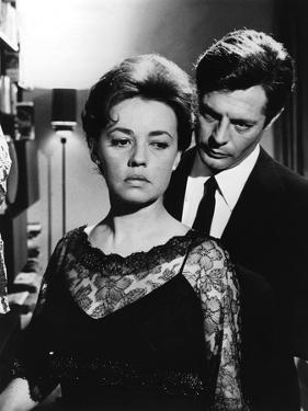La nuit La Notte by Michelangelo Antonioni with Marcello Mastroianni and Jeanne Moreau, 1960 (b/w p