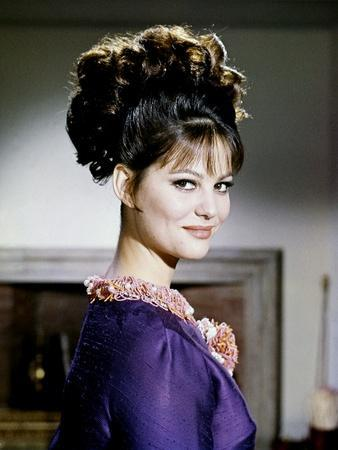 https://imgc.allpostersimages.com/img/posters/la-panthere-rose-the-pink-panther-by-blakeedwards-with-claudia-cardinale-1963-photo_u-L-Q1C1T6T0.jpg?artPerspective=n