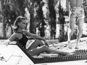 La Piscine by Jacques Deray with Romy Schneider, 1969 (chaise longue by la serie Module 400 by Roge