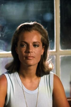 https://imgc.allpostersimages.com/img/posters/la-piscine-by-jacques-deray-with-romy-schneider-1969-photo_u-L-Q1C3P3A0.jpg?artPerspective=n