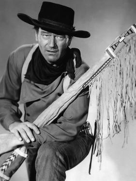 La Prisonniere du Desert THE SEARCHERS by JohnFord with John Wayne, 1956 (b/w photo)