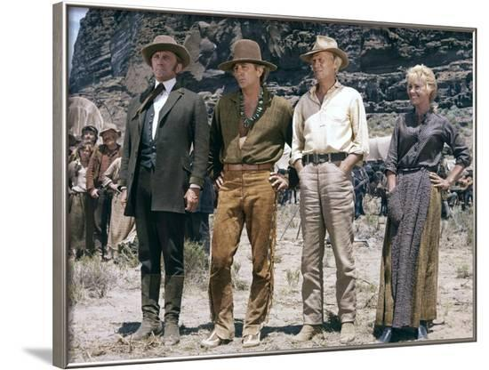 La Route by l'ouest THE WAY WEST by AndrewVMcLaglen with Kirik Douglas, Robert Mitchum, Richard Wid--Framed Photo