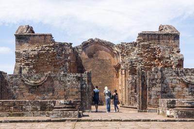 https://imgc.allpostersimages.com/img/posters/la-santisima-trinidad-de-parana-one-of-the-best-preserved-jesuit-missions-paraguay_u-L-PWFFZJ0.jpg?artPerspective=n