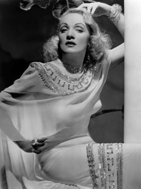 La scandaleuse by Berlin A Foreign Affair by BillyWilder with Marlene Dietrich, 1948 (b/w photo)