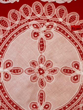 https://imgc.allpostersimages.com/img/posters/lace-detail-venice-burano-veneto-italy_u-L-P4FOLY0.jpg?p=0