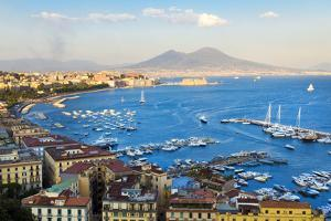 Naples, Italy by lachris77