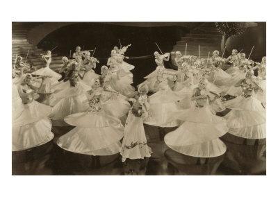 https://imgc.allpostersimages.com/img/posters/ladies-dancing-with-violins_u-L-P6ME6C0.jpg?p=0