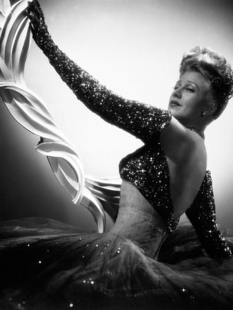 https://imgc.allpostersimages.com/img/posters/lady-in-the-dark-1944_u-L-Q10TUDJ0.jpg?artPerspective=n
