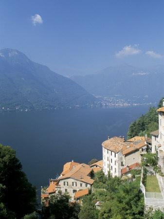 https://imgc.allpostersimages.com/img/posters/lake-como-italian-lakes-italy_u-L-P1FDL90.jpg?p=0