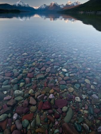 https://imgc.allpostersimages.com/img/posters/lake-mcdonald-sunset_u-L-Q10T5OF0.jpg?p=0