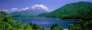 Lake Motosu Oshino Yamanashi Japan