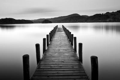 https://imgc.allpostersimages.com/img/posters/lake-pier_u-L-Q10WAVG0.jpg?artPerspective=n