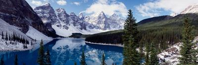 https://imgc.allpostersimages.com/img/posters/lake-with-snow-covered-mountains-in-the-background-moraine-lake-banff-national-park-alberta_u-L-PSMS2O0.jpg?artPerspective=n