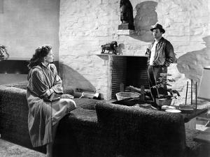 Lame by fond UNDERCURRENT by VincenteMinnelli with Katharine Hepburn and Robert Mitchum, 1946 (b/w
