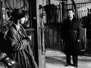 Lame by fond UNDERCURRENT by VincenteMinnelli with Robert Mitchum and Robert Taylor, 1946 (b/w phot