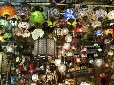 https://imgc.allpostersimages.com/img/posters/lamps-grand-bazaar-istanbul-turkey-europe_u-L-PFKFW80.jpg?p=0