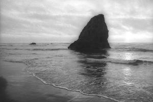 Rodeo Beach by Lance Kuehne
