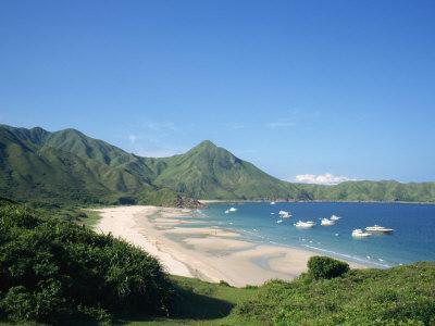 https://imgc.allpostersimages.com/img/posters/landscape-of-dai-long-wan-beach-in-the-new-territories-in-hong-kong-china_u-L-P7NZ9C0.jpg?p=0