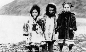 Alaska - Native Children in Parkas by Lantern Press