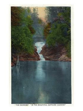 Blue Ridge Mountains, North Carolina - The Narrows by Lantern Press
