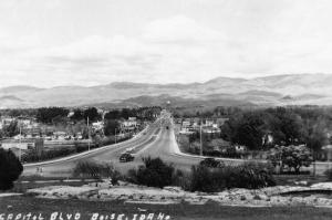 Boise, Idaho - Capitol Boulevard by Lantern Press