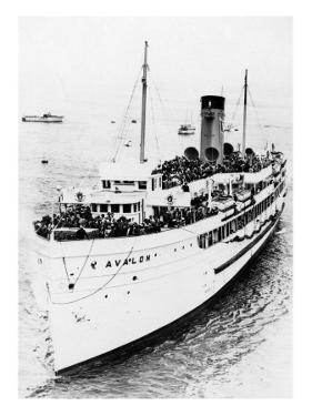 California - Avalon Ship by Lantern Press
