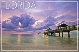 Florida - Ocean Pier by Lantern Press