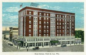 Fond Du Lac, Wisconsin - Hotel Retlaw Exterior by Lantern Press