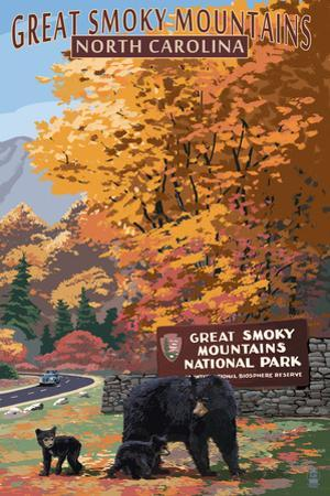 Great Smoky Mountains - Park Entrance and Bear Family by Lantern Press