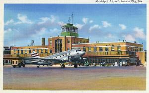Kansas City, Missouri - Exterior View of Municipal Airport by Lantern Press