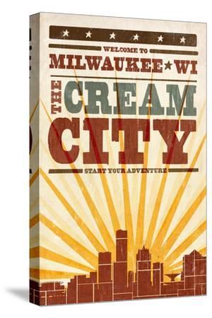 Milwaukee, Wisconsin - Skyline and Sunburst Screenprint Style