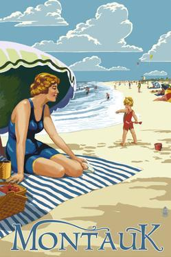 Montauk, New York - Beach Scene by Lantern Press