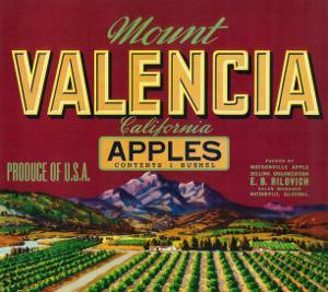 Mount Valencia Apple Label - Watsonville, CA by Lantern Press