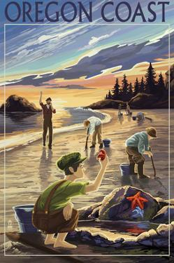 Oregon Coast - Clam Diggers by Lantern Press