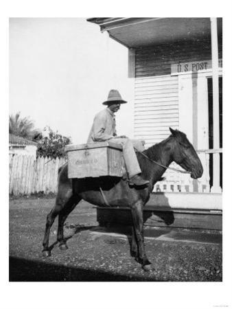 Puerto Rican Mail Carrier outside Post Office Photograph - Puerto Rico by Lantern Press